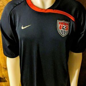 Men's L Nike USA soccer jersey